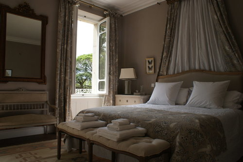Nature suite at Chateau Thuries